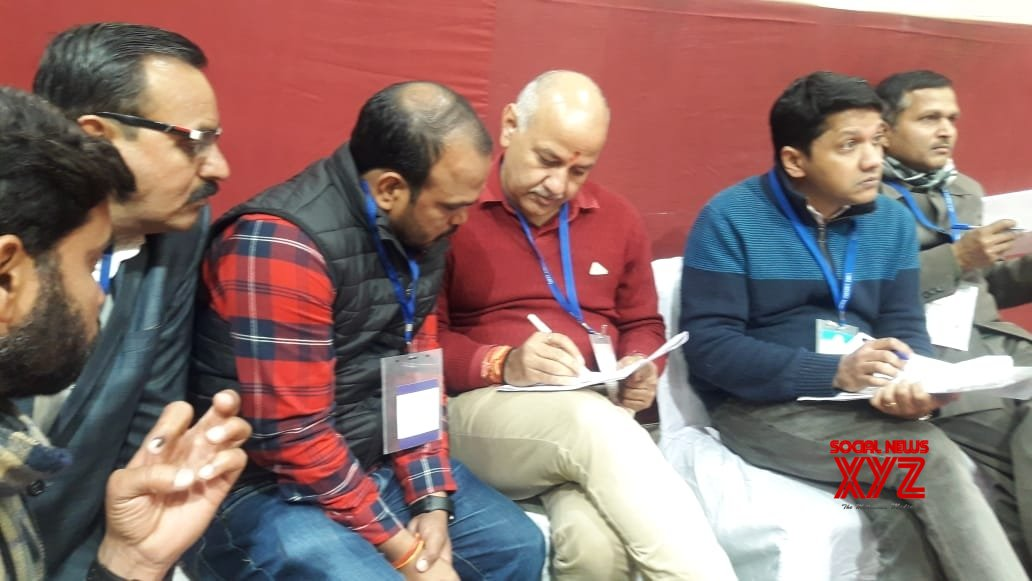 New Delhi: Counting begins for Delhi Assembly elections - Manish Sisodia at Akshardham Counting center #Gallery