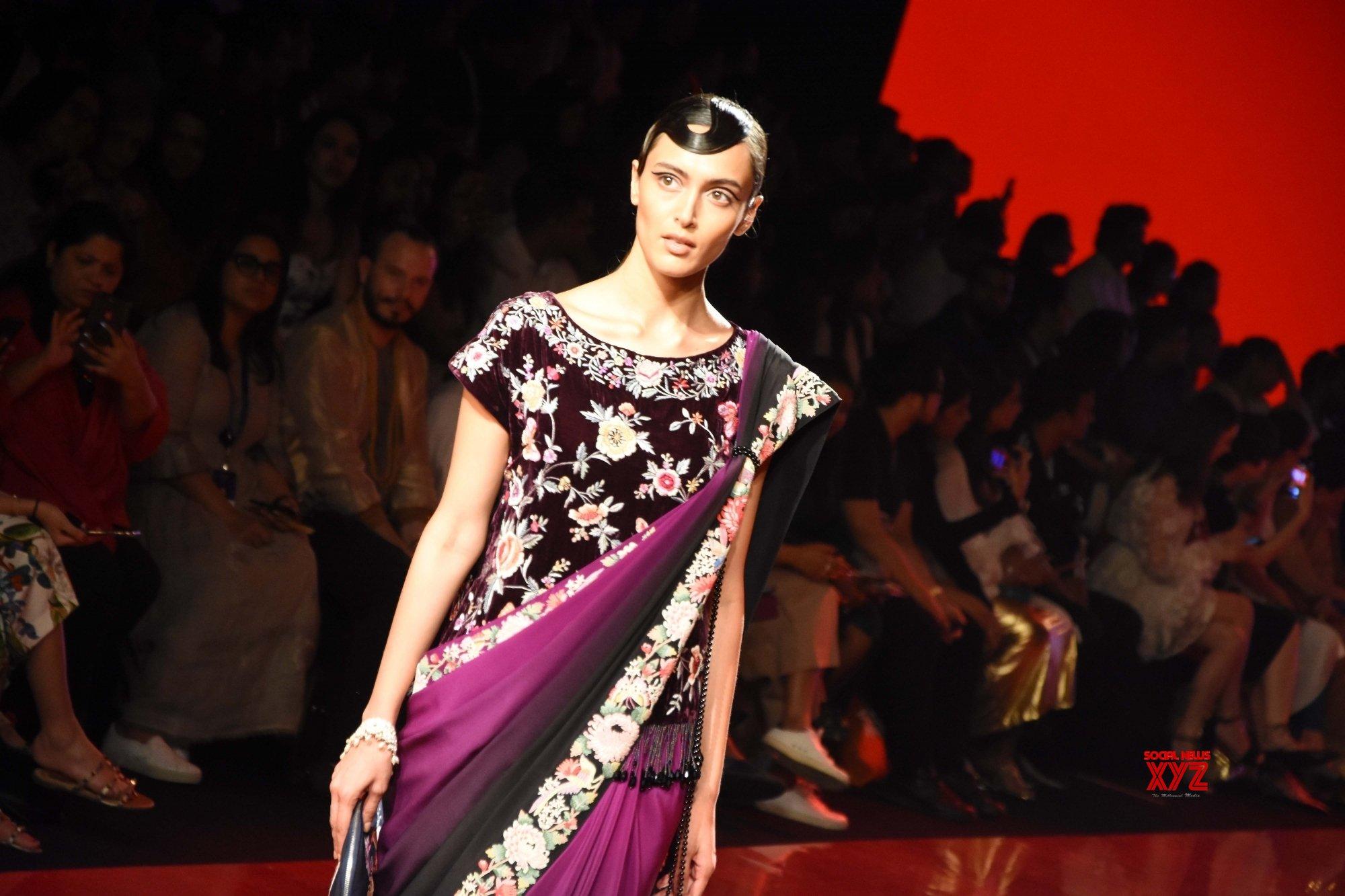 Mumbai Lakme Fashion Week Day 2 Designer Ashdeen Show Gallery Social News Xyz