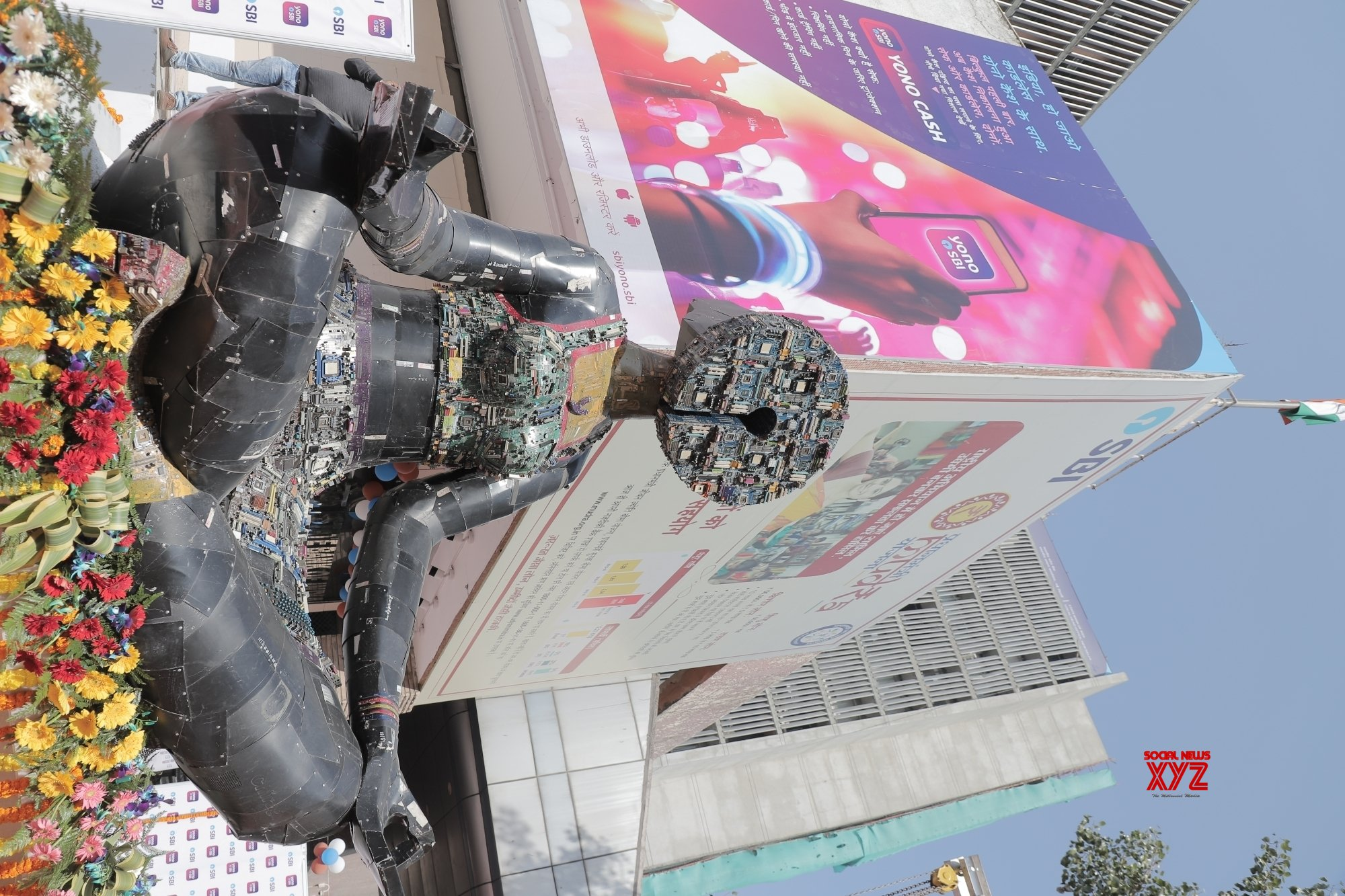 New Delhi: SBI creates artworks out of e - Waste namely with 'Manasvi' and 'Tapasvi' #Gallery