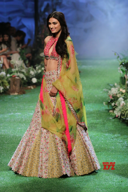Actress Athiya Shetty On Ramp At Lakme Fashion Week Summer Resort 2020 Gallery Social News Xyz