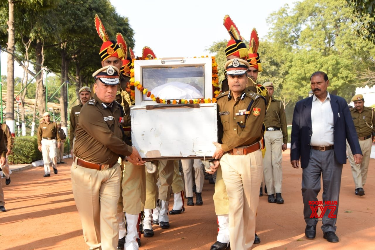 Twitterati pay tribute to martyr cop Ratan Lal