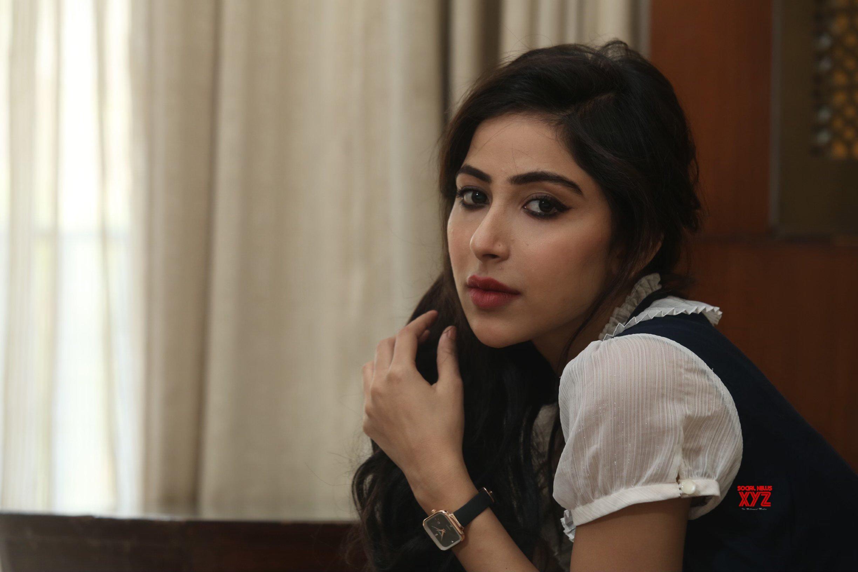 Actress Kapilakshi Malhotra Latest Glam HD Stills