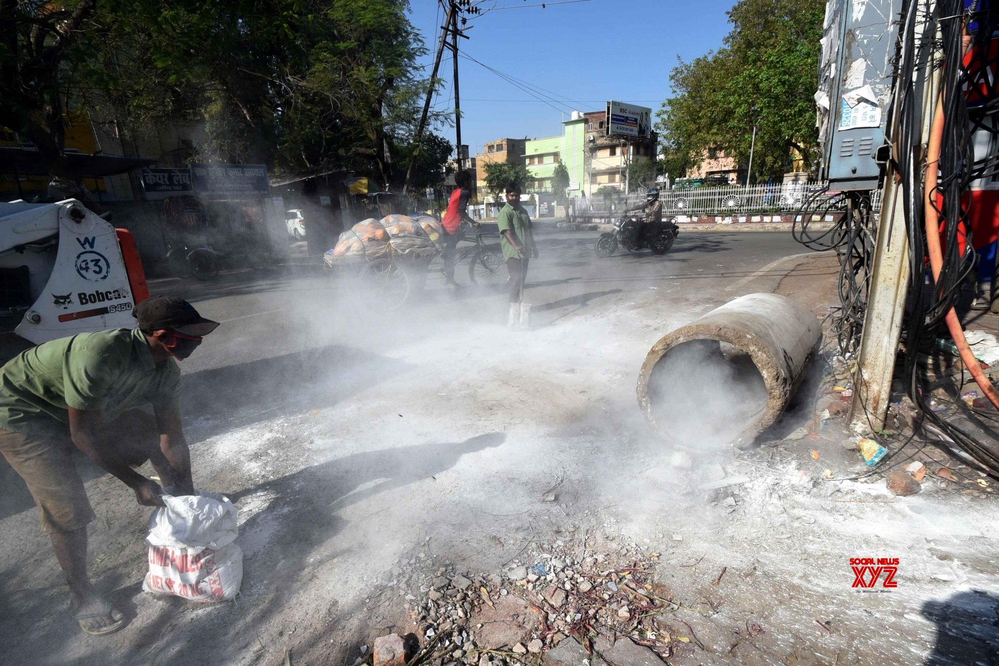 Patna: City localities sanitised by Municipality amid lockdown #Gallery