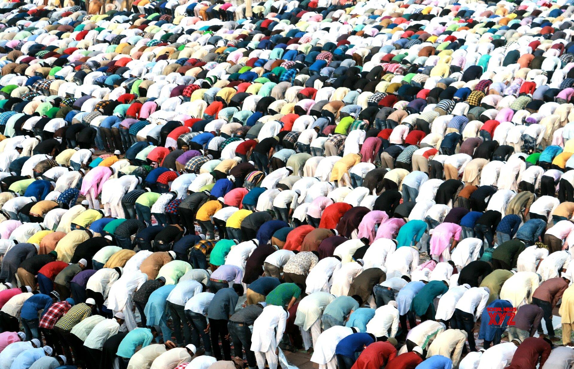 No Friday prayers, says Muslim Personal Law Board