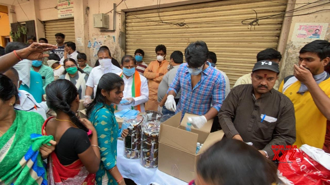 Hero Sundeep Kishan And Producer Abhishek Distributed Food Essentials Masks And Sanitizers Across Hyd City