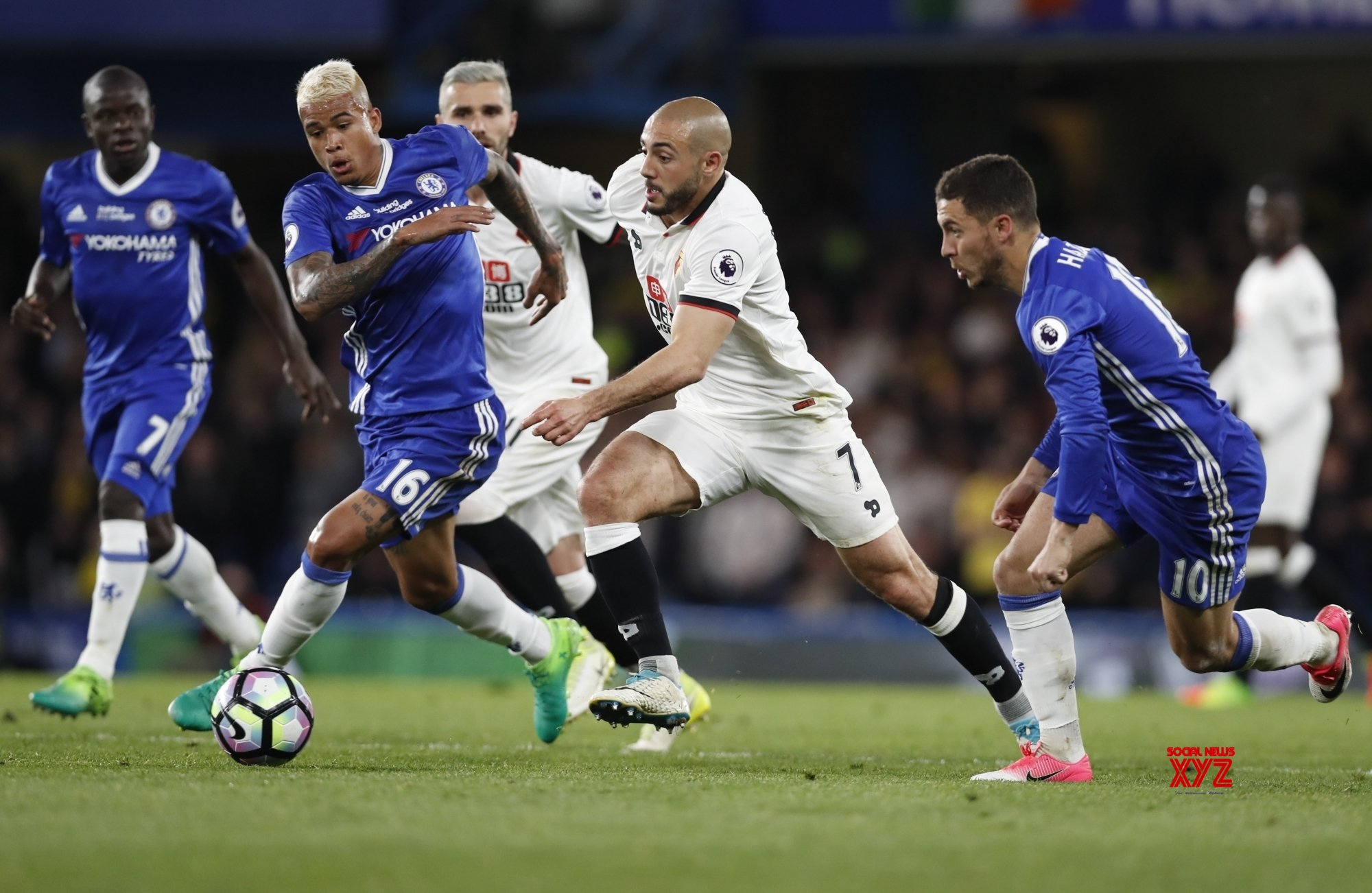 People closing their eyes to the threat: Pearson on Premier League restart