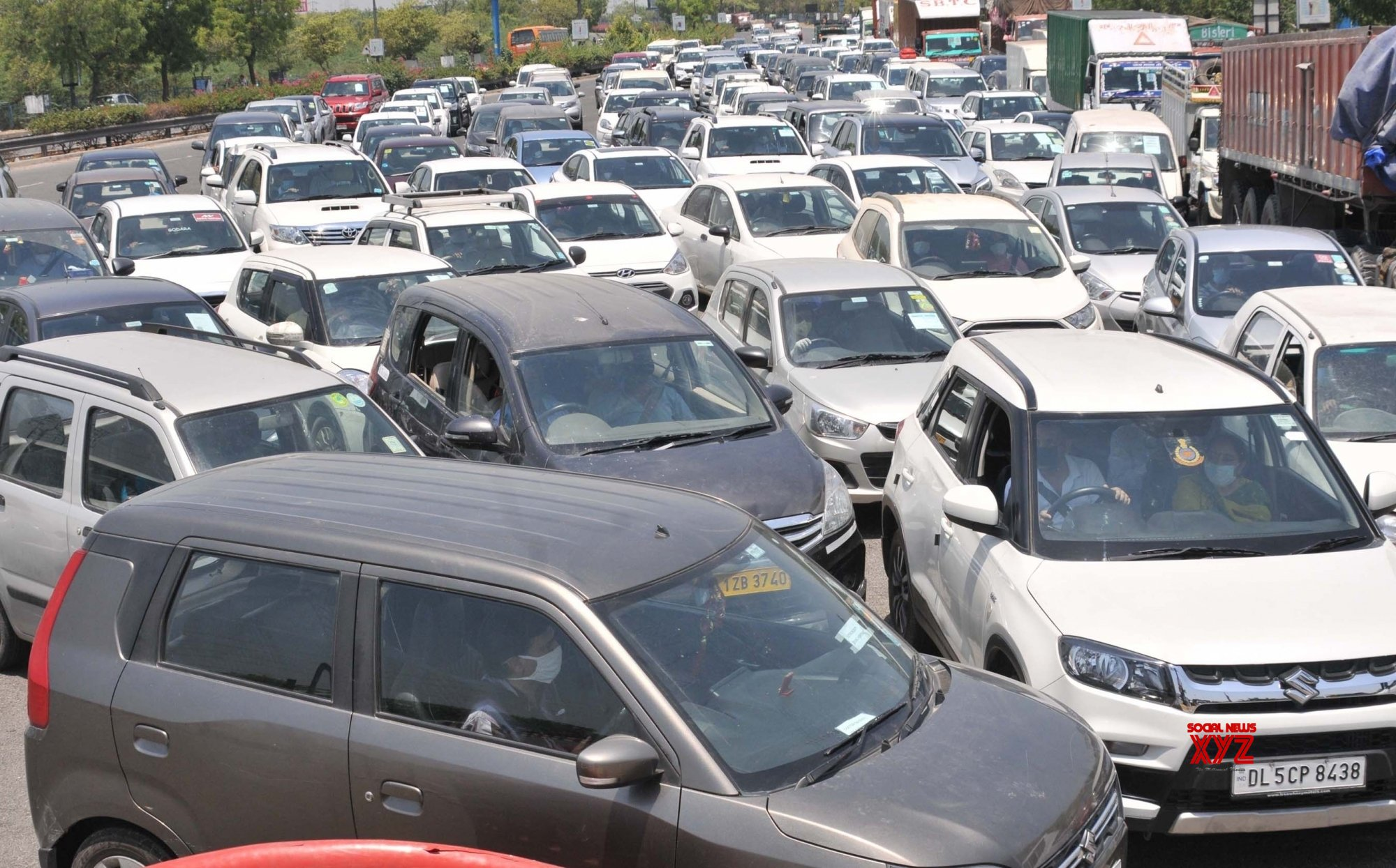 New Delhi: DND Flyway witnesses massive traffic jam as curbs ease during lockdown - 4 #Gallery