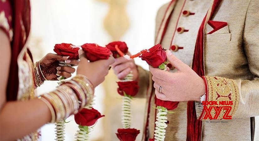 Dubai-based Indian couple hosts 'drive-by wedding ceremony'