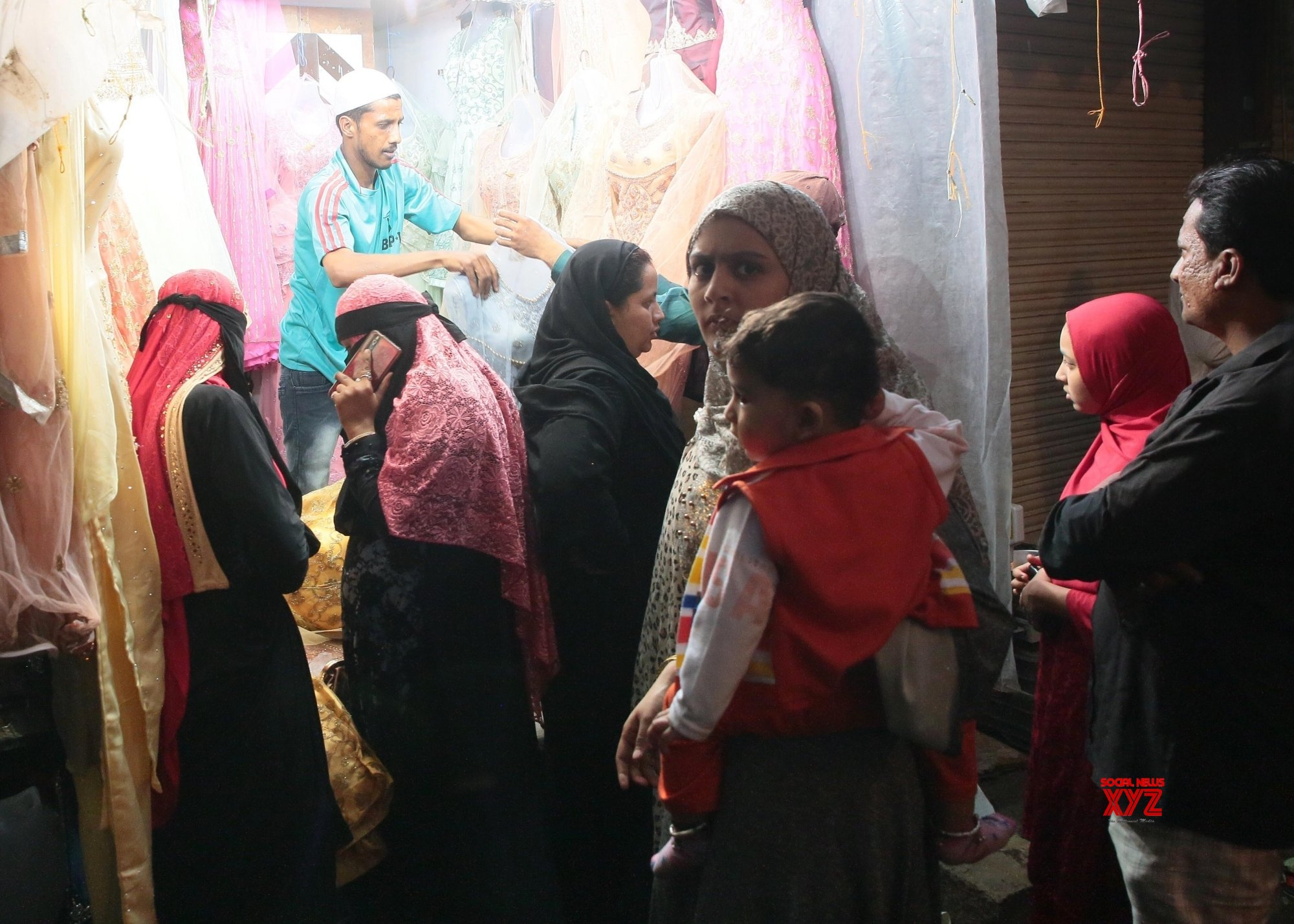 Bengaluru: People busy shopping for Eid #Gallery