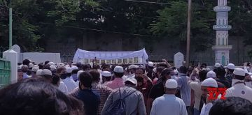 Hyderabad: People participate in the funeral procession of prominent cleric Moulana Mohammed Naseeruddin, jailed but later acquitted in the killing of former Gujarat Home Minister Haren Pandya, who passed away in Hyderabad on June 27, 2020. (Photo: IANS)