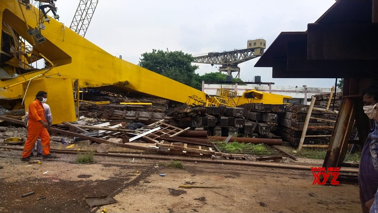 Visakhapatnam: 10 people crushed to death after crane collapses at Hindustan Shipyard #Gallery
