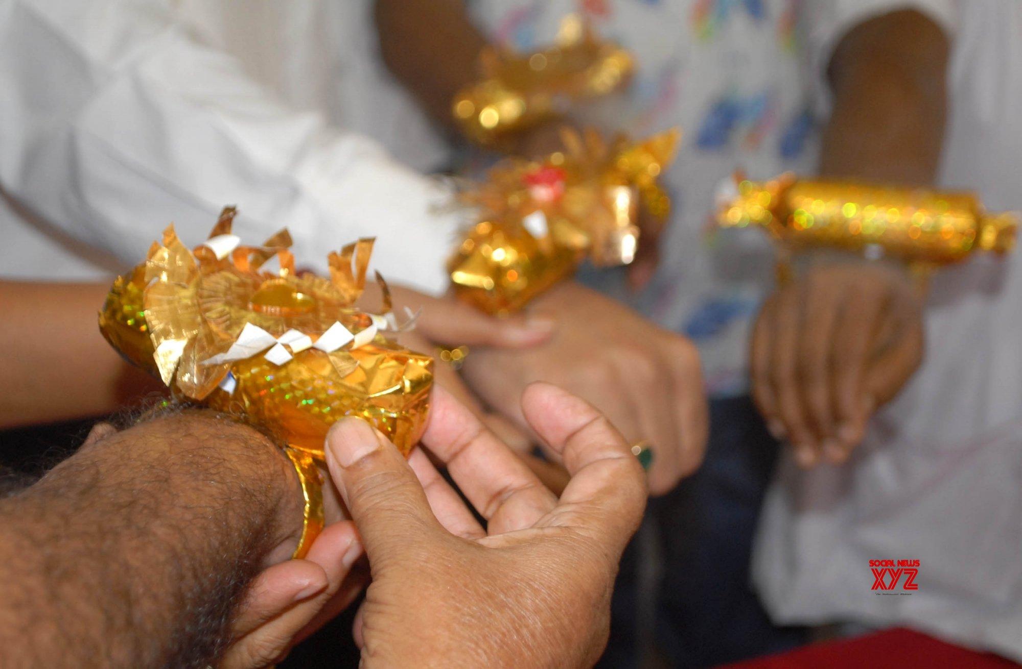 Kolkata: Automatic sanitiser rakhi launched at Thakurpukur Swadesh Basu Hospital #Gallery