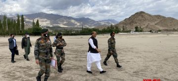 Leh: Defence Minister Rajnath Singh arrives at Stankna near Leh to witness para dropping and scoping weapons, on July 17, 2020. (Photo: IANS)