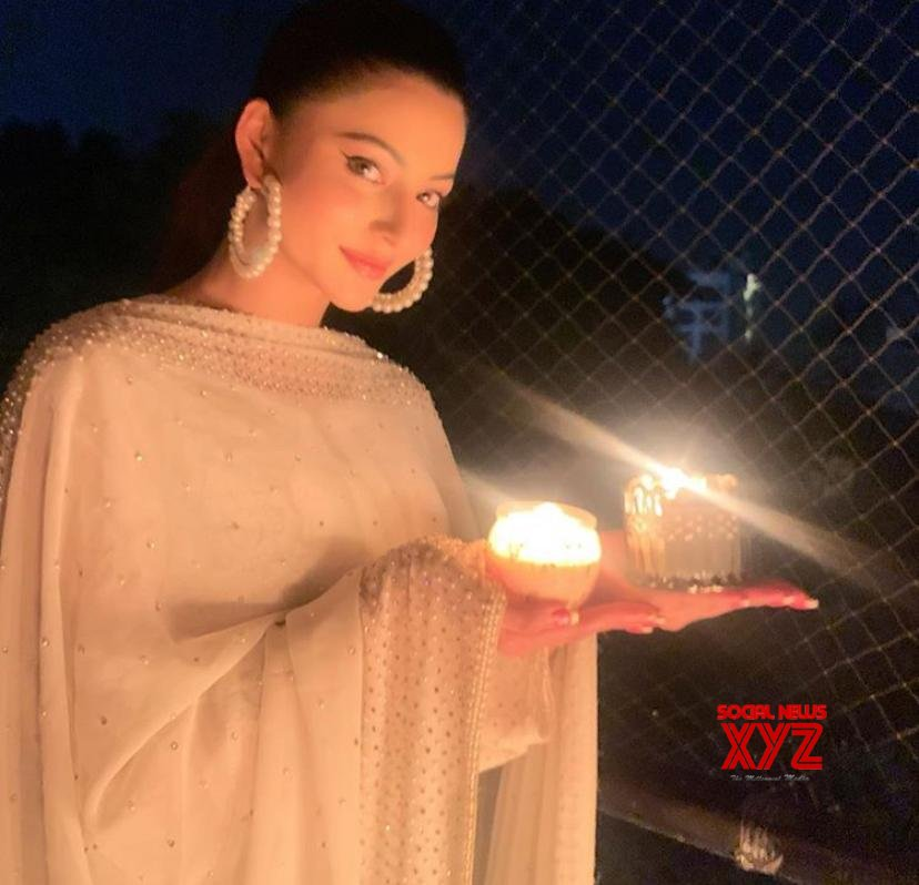 Janmashtami 2020: Urvashi Rautela wishes for good health and wealth for fans amid COVID 19
