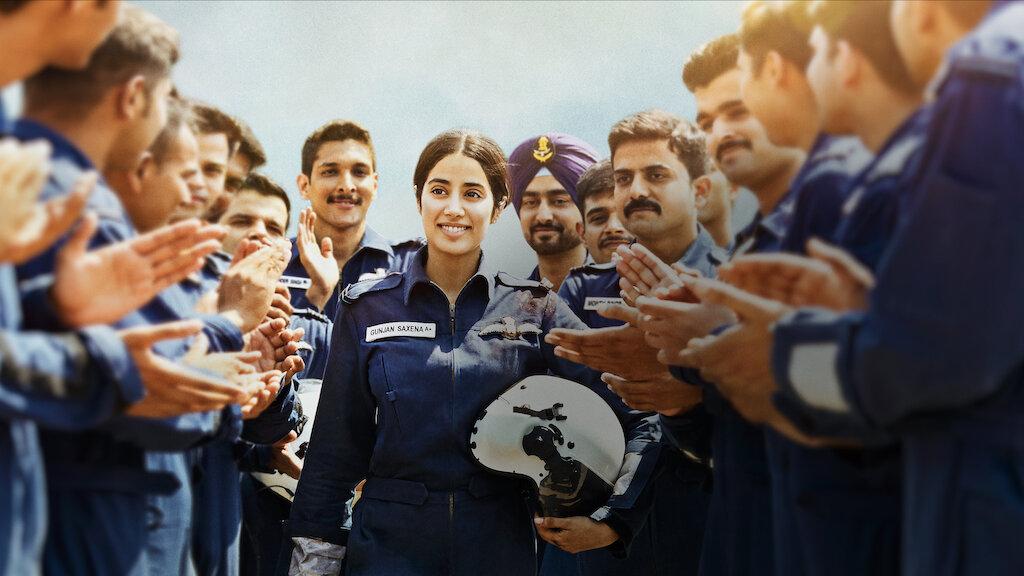 Gunjan Saxena The Kargil Girl Review Jhanvi Kapoor Dazzles In A Well Created Biopic Rating 1 2 Social News Xyz