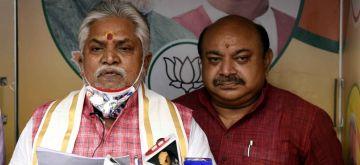 Patna: Bihar Cabinet Minister and BJP leader Prem Kumar addresses a press conference, in Patna on Sep 8, 2020. (Photo: IANS)