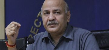 New Delhi: Delhi Deputy Chief Minister Manish Sisodia addresses a press conference on the rising levels of pollution in the national capital, at the Delhi Secretariat on Oct 13, 2020. (Photo: IANS)