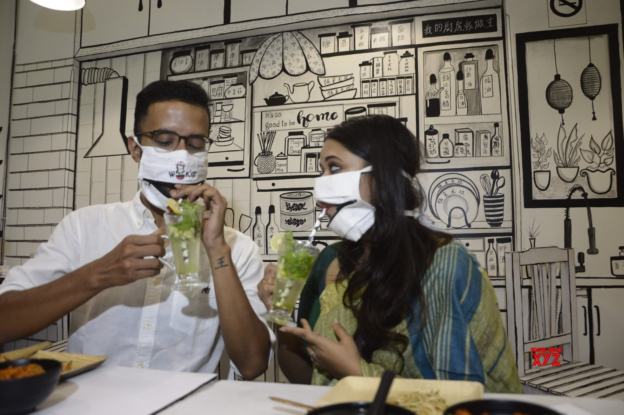 Kolkata: Special masks at Kolkata restaurants enable people to eat and drink without removing them! #Gallery