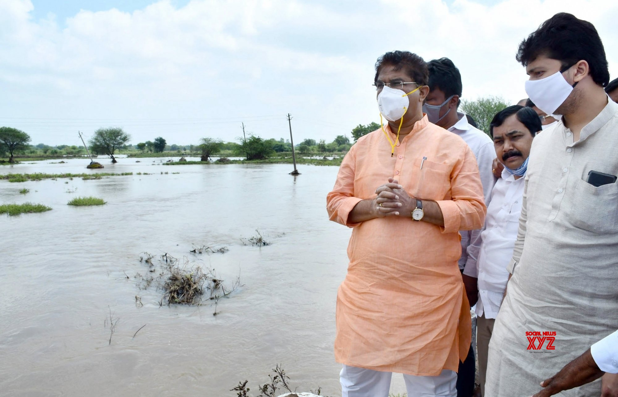 Kalaburgi: Karnataka Minister R. Ashok takes stock of the flood situation #Gallery
