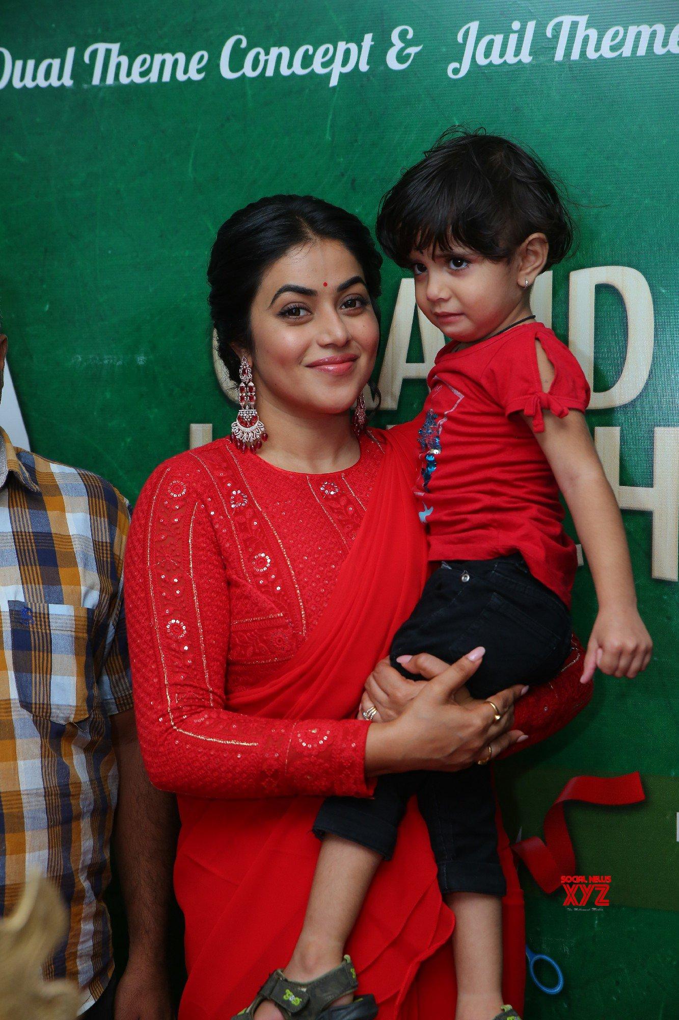 Actress Poorna Inaugurated Gismat Arabic Mandi Restaurant At KPHB - Gallery