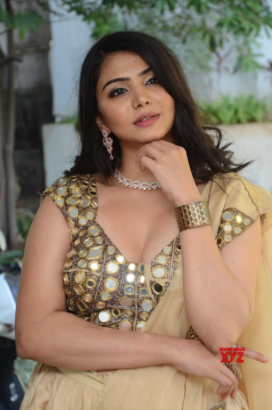 Actress Akshata Sonawane Stills From Prathyardhi Movie Opening