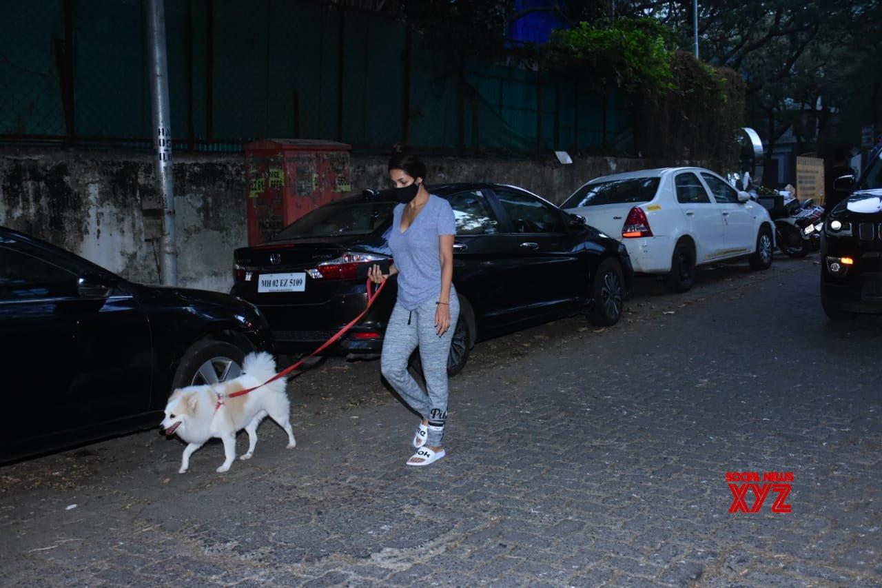 Actress Malaika Arora Spotted At Bandra - Gallery