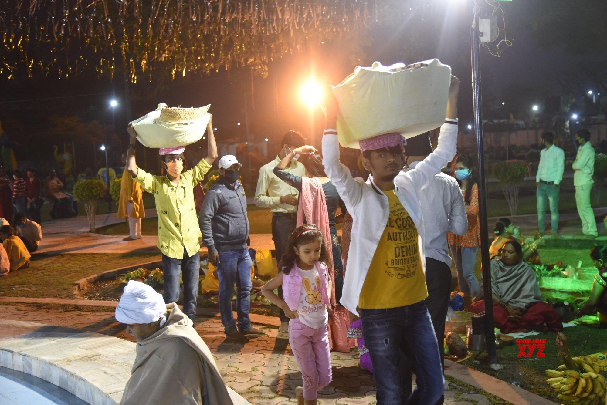 Patna: Chhath Puja celebrations at Kankarbagh Colony's Shivaji Park (Batch - 7) #Gallery