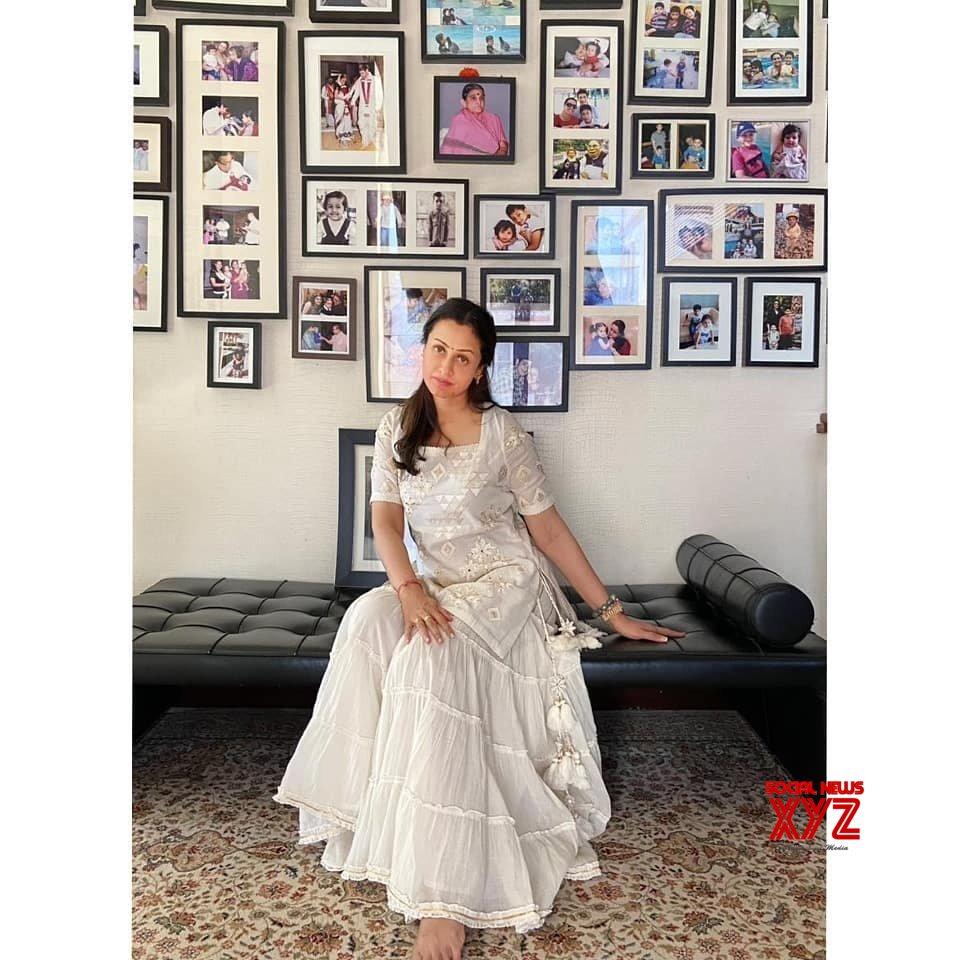Namrata Mahesh And Sitara Ghattamaneni Latest Lovely Stills
