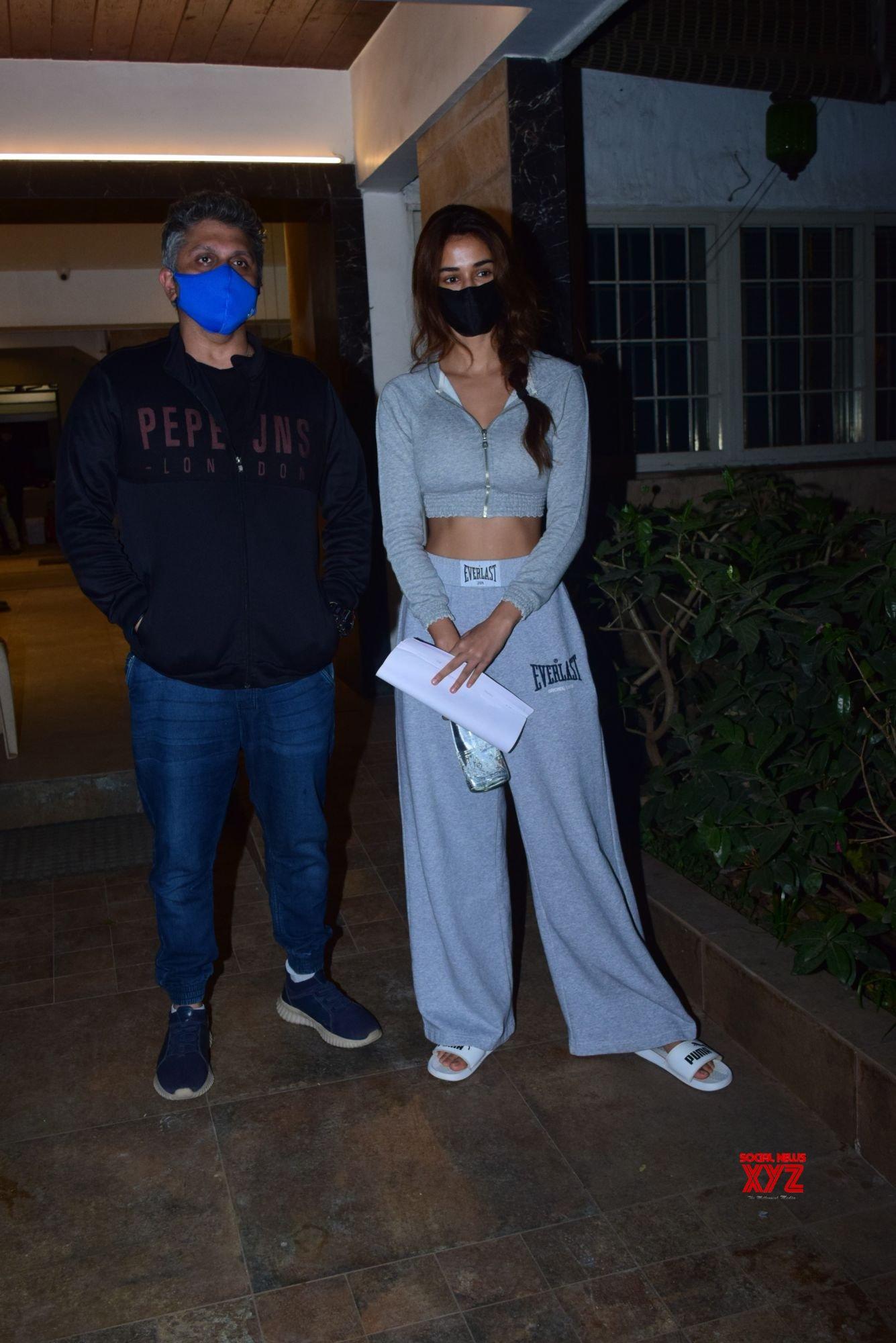 Actress Disha Patani Snapped At Clinic Bandra - Gallery