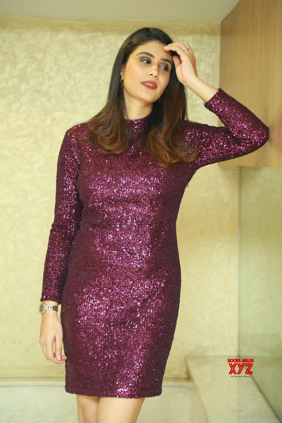 Actress Jia Sharma Stills From Kshana Kshanam Movie Pre Release Event