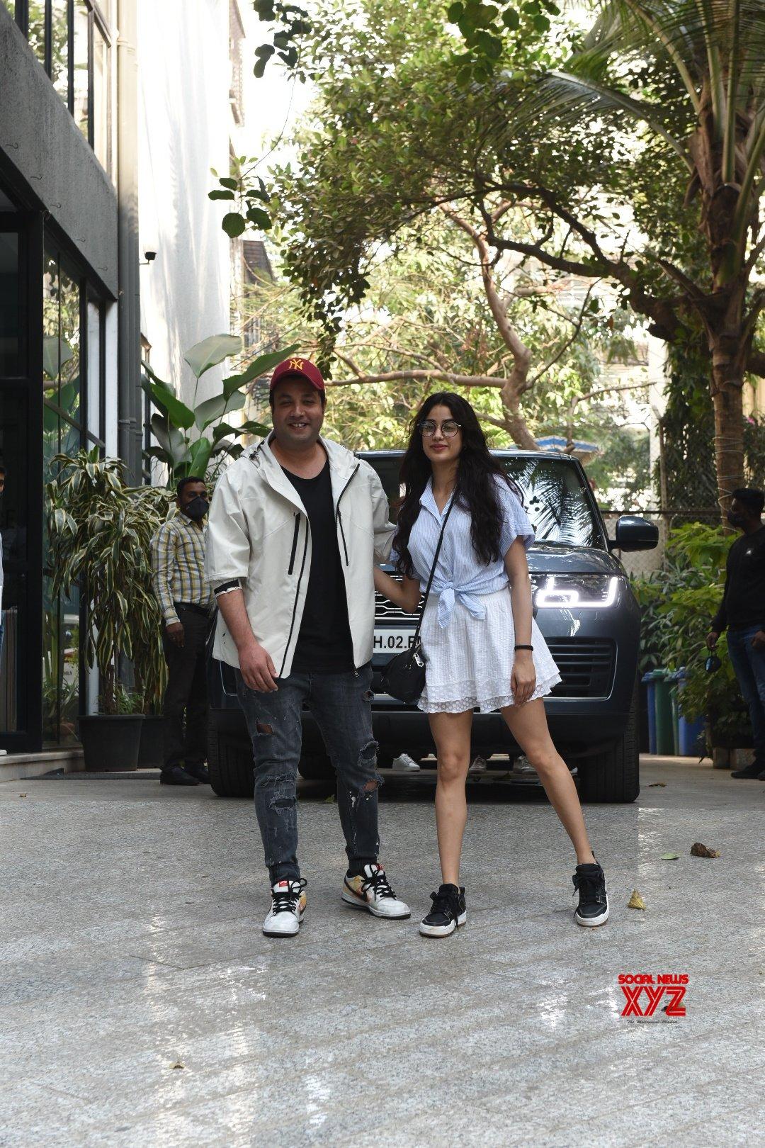 Janhvi Kapoor And Varun Sharma At Maddock Office In Khar - Gallery