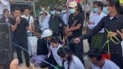 Myanmar street performers act out coup crisis (Video)