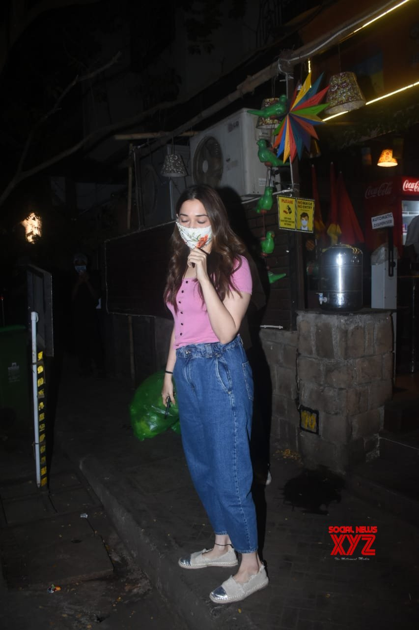 Actress Tamanna Bhatia With Friend Spotted At Bandra - Gallery