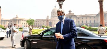 John Kerry arrives to meet N Sitharaman1, 6th April.(Photo: IANS)