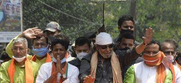 Kolkata: Actor turned BJP leader Mithun Chakraborty at a roadshow at Gariya ahead of the 4th phase of the State Assembly election in Kolkata on April 7, 2021. (Photo: Kuntal Chakrabarty/IANS)