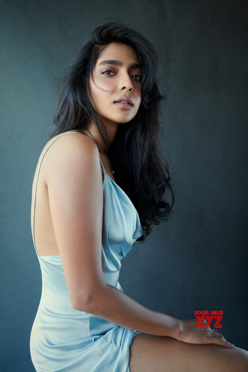 Actress Aishwarya Lekshmi Stills Looking Drop Dead Gorgeous In Her Latest Photo Shoot