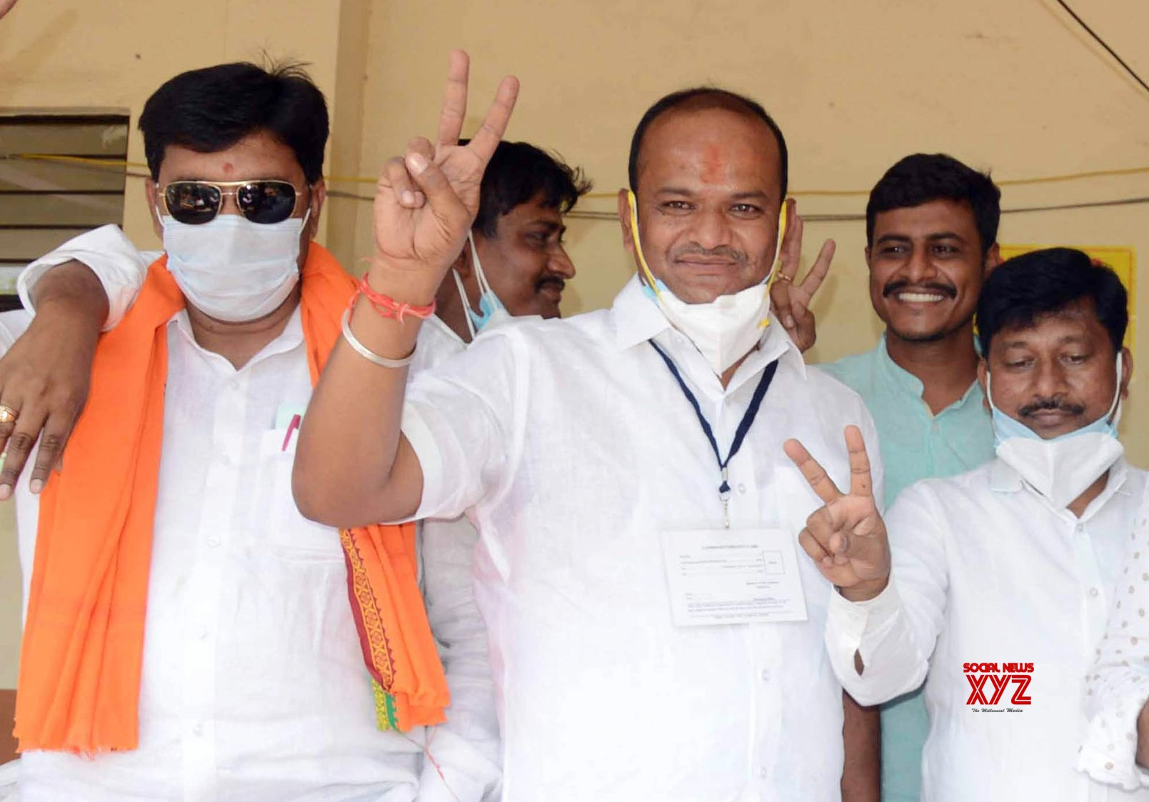 Bengaluru: BJP candidate Sharanu Salagar won the Basavakalyan assembly seat by a 20,904 vote margin against Congress candidate Mala B Narayan Rao, in Basavakalyan on Sunday 2nd May 2021 #Gallery