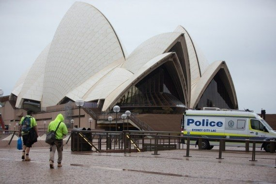 Australians asked to 'brace' for new Covid cases