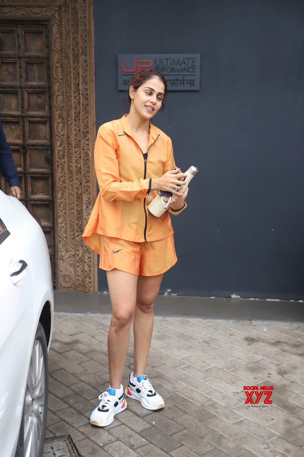 Actress Genelia D Souza Spotted At Bandra - Gallery