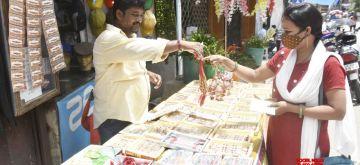 Ranchi: Roadside vendors selling Rakhi before the Raksha Bandhan festival in Ranchi on Friday, August 20, 2021. (Photo: Rajesh Kumar/IANS)