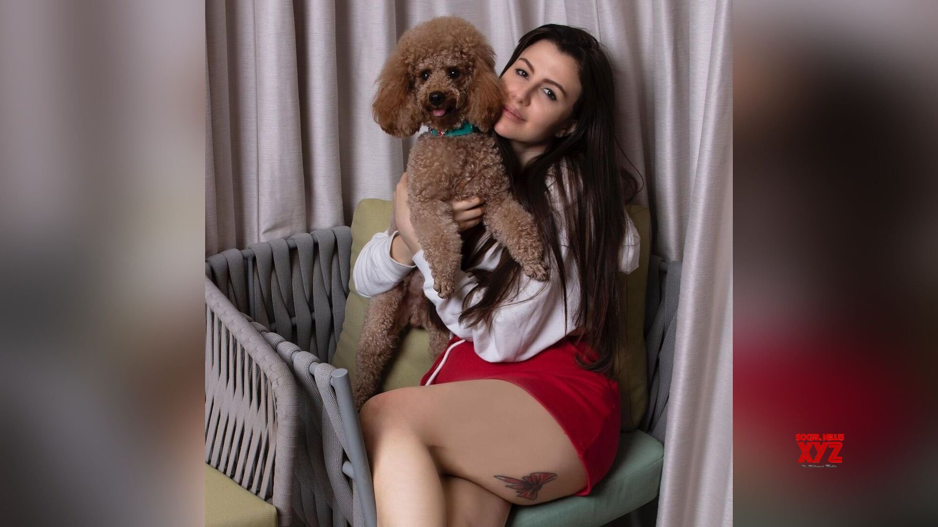 Giorgia Andriani looks hot in mini black hot shortsas she was spotted around in the city with her dog Hugo