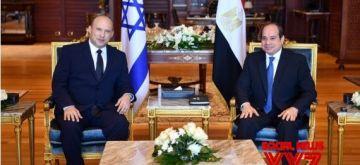 Egyptian President Abdel-Fattah al-Sisi(R)meets with Israeli Prime Minister Naftali Bennett in Sharm el-Sheikh, Egypt, on Sept. 13, 2021. (Egyptian Presidency/Handout via Xinhua/IANS)
