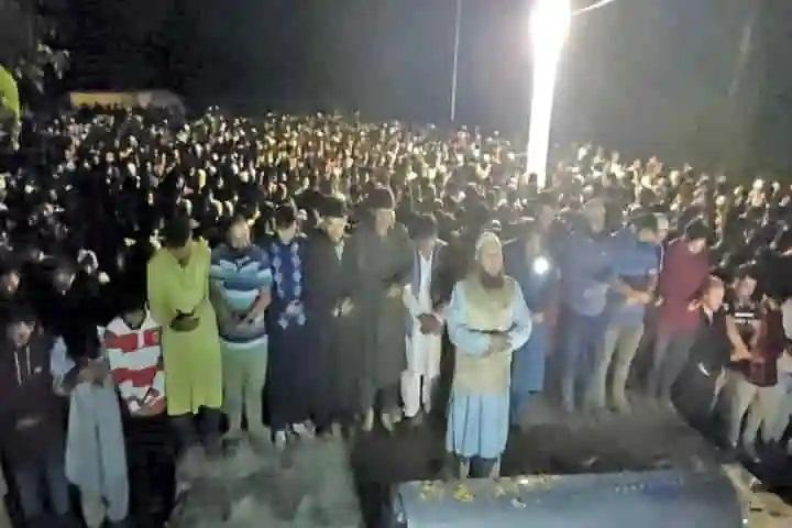 Has Kashmir cop's killing on September 12 triggered a mass upsurge against militancy?