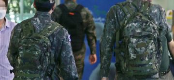 Seoul : Five more soldiers at S.Korean Army boot camp test positive for COVID-19.(YONHAP/IANS)