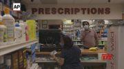 매일 아스피린은 일부 노인의 위험을 증가시킵니다 (비디오)