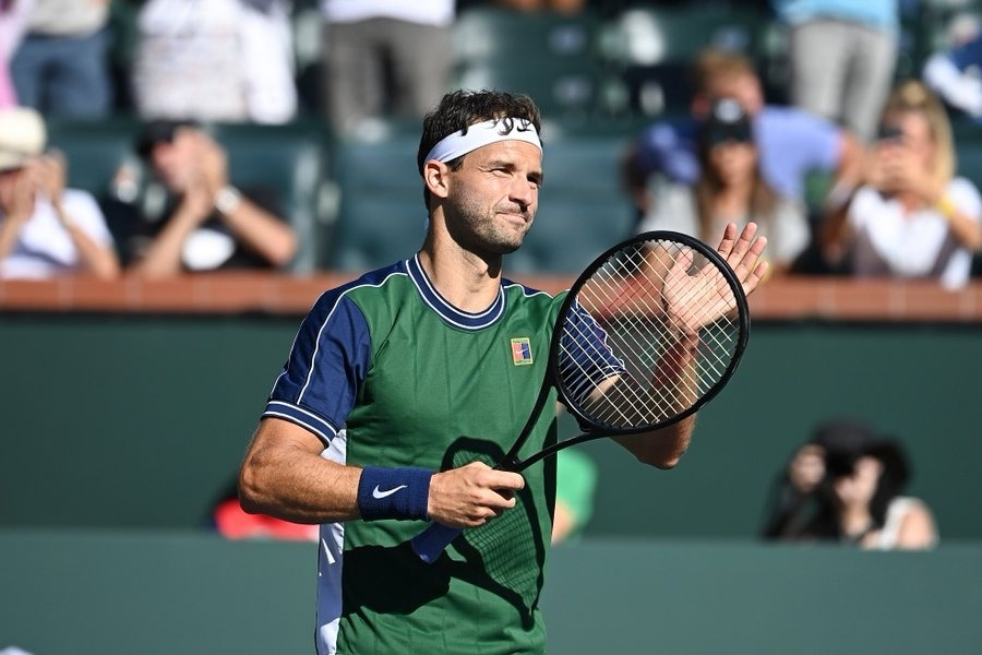 Dimitrov stuns Medvedev with grand comeback at Indian Wells