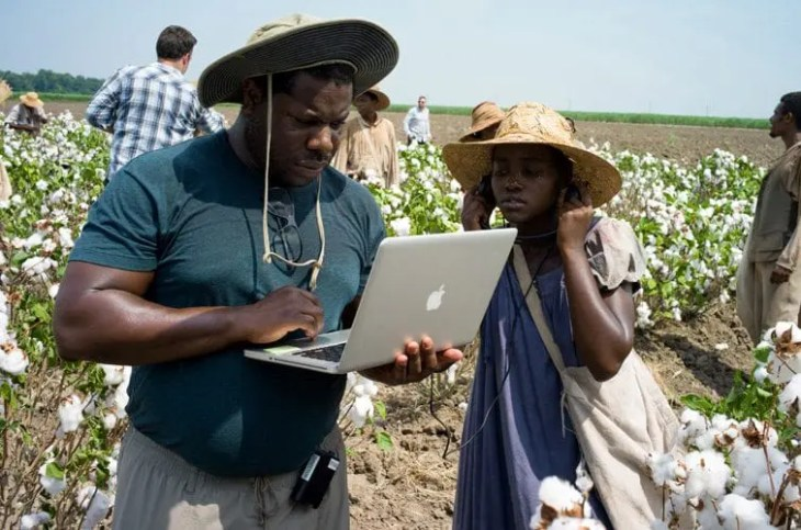 oscar-2014-supporting-actress-12-years-a-slave-steve-mcqueen-lupita-nyongo