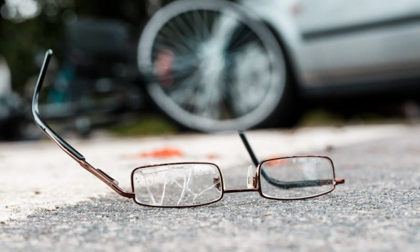 Broken glasses of a victim
