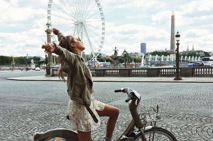 With the warmer weather of summer, now's the time to take advantage of sunny skies and cool breezes. Here 10 awesome things to do in London this summer!