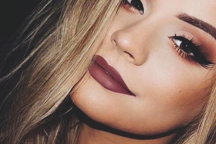 When you're a poor uni student with a love for makeup, things can get tricky. Here's a list of the best NYX makeup products every girl needs to have!